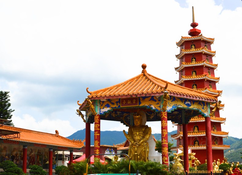 The 9 storey pagoda